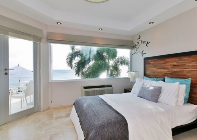 Room in the guest house with spectacular ocean view